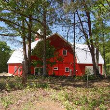 Farmhouse Exterior by Bynum Architecture LLC