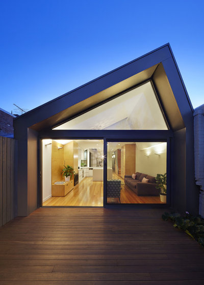 Modern Exterior by Nic Owen Architects