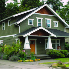 Craftsman Exterior by Bungalow Company