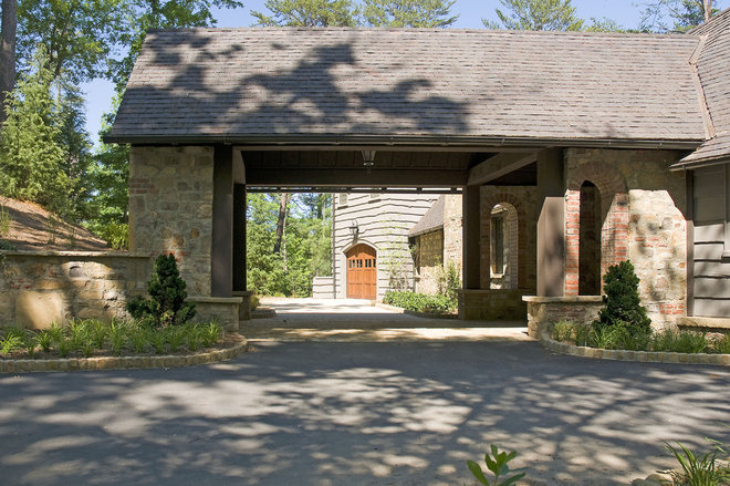 Traditional Exterior by Summerour Architects