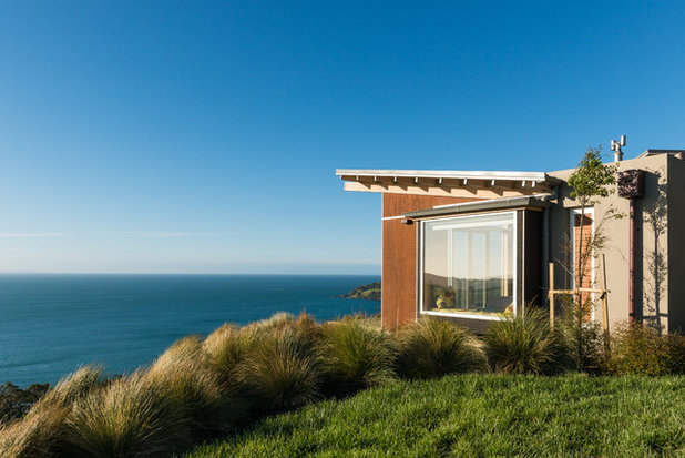 Contemporary Exterior by Charissa Snijders Architect