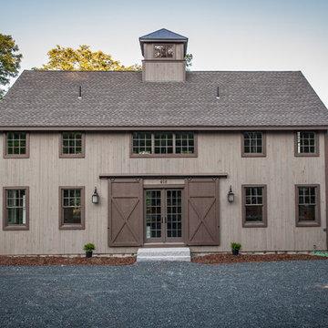 The Grantham Lakehouse