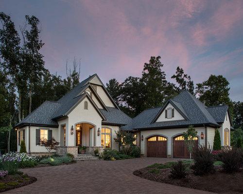 Split level exterior home design ideas remodels photos for Exterior design ideas for split level house