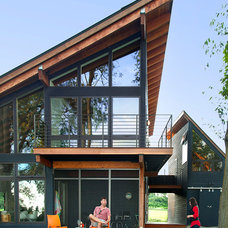 Contemporary Exterior by CULTivation D.S