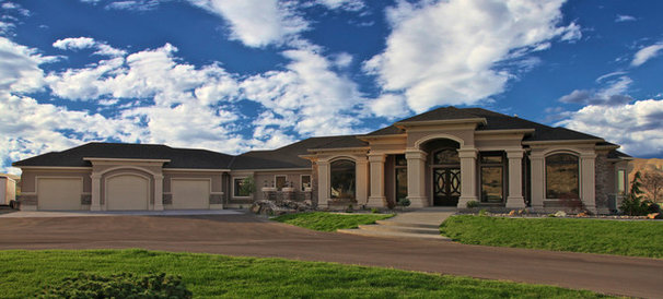 Contemporary Exterior by Browning Homes, Inc.