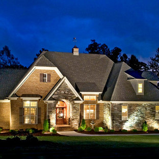 Traditional house exterior in Charlotte with mixed cladding.