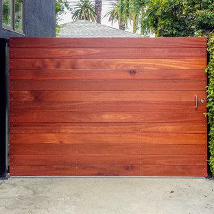 """The Sonoma"" Mangaris Gate"