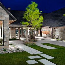 Transitional Exterior by The Landmark Group
