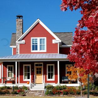 リトルロックの中くらいのカントリー風おしゃれな家の外観の写真