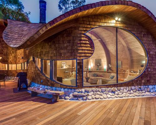 Beach Style Exterior Home Idea In Santa Barbara