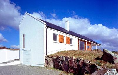 Houzz Tour: Rugged Irish Landscape, Serene Modern Weekender