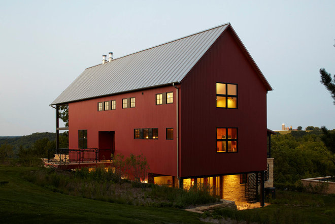 farmhouse exterior by Northworks Architects and Planners