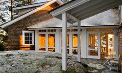 Three Season Porch Entry