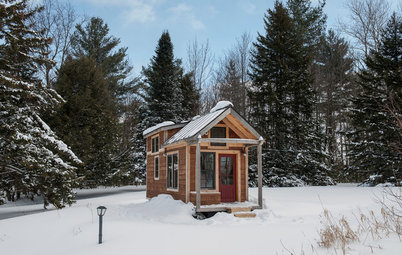 Houzz Tour: A Custom-Made Tiny House for Skiing and Hiking