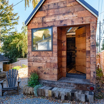 Tipsy the Tiny House