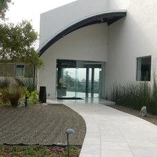 Modern Exterior by Matson Britton Architects