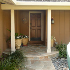 Traditional Exterior by Willow Glen Design