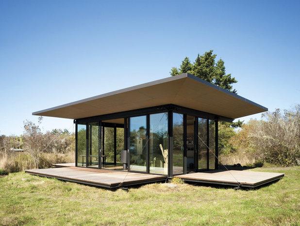 Trendy Hus & facade by Princeton Architectural Press