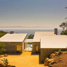 Modern Exterior by Shubin + Donaldson Architects, Inc.