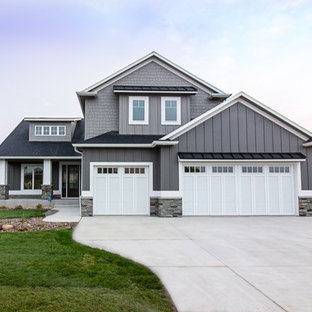 Board and Batten Siding Ideas | Houzz on 1 level house designs, cottage house designs, international house designs, two level house designs, split level office furniture, raised ranch designs, simple house designs, split level lighting, 2015 house designs, bungalow designs, fixer upper house designs, split entry home before and after, high ranch house designs, split level architects, flat house designs, manufactured house designs, single storey house designs, fourplex house designs, victorian house designs, shotgun house designs,