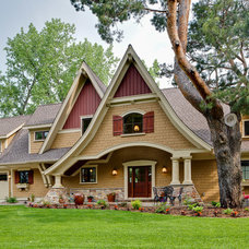 Traditional Exterior by Copper Creek, LLC