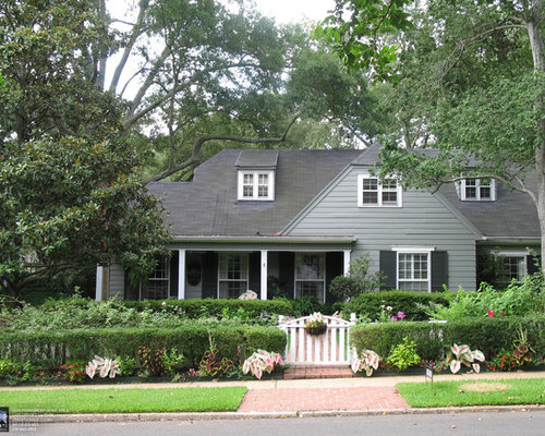Houzz cottage exterior color design ideas remodel pictures for Cottage siding ideas