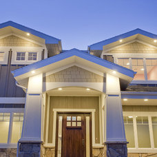 Traditional Exterior by Candlelight Homes
