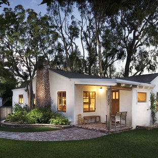 Small classic one floor house exterior in Los Angeles.