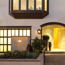 Traditional Exterior by Shades Of Green Landscape Architecture