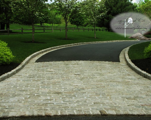 Belgium block driveway ideas pictures remodel and decor for Driveway apron ideas