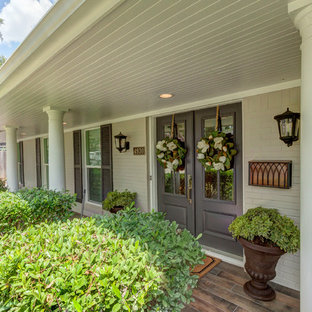 Traditional Houston Ranch-Style Gets Stunning Transitional Makeover