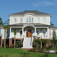 traditional exterior by Suiter Construction Company, Inc.