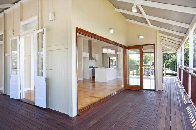Queenslander reno ideas for Front door queenslander