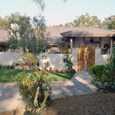 Traditional Exterior by Hamilton-Gray Design, Inc.