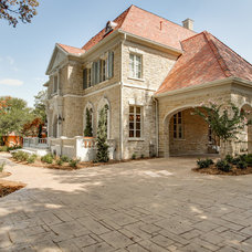 Traditional Exterior by Bella Vita Custom Homes