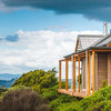 Houzz Tour: Waiheke Island Cottage Makes the Most of Nature