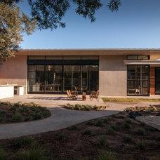 Modern Exterior by KW Designs