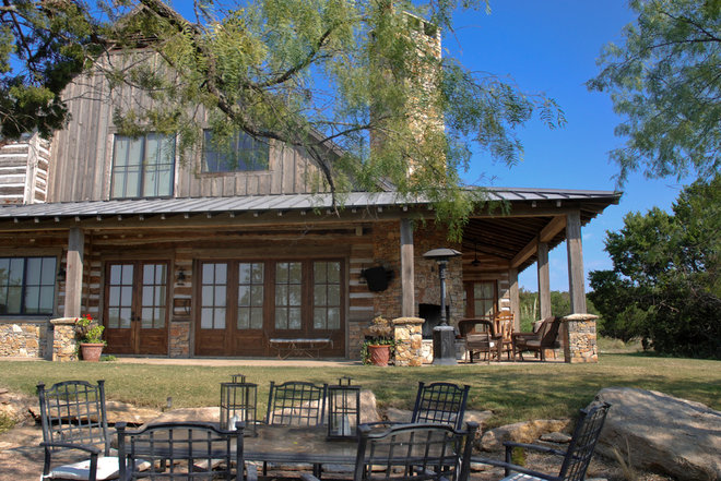 Rustic Exterior by Trestlewood