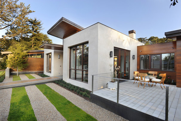 Contemporary Exterior by TRG Architects