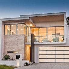 Contemporary Exterior by Daniel Cassettai Design