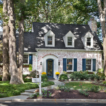Cliffs Walnut Cove moreover Small Cottage Plans furthermore Painted Brick Houses together with Choosing Exterior Brick Stone And Colors likewise Architectual Styles. on french country house exteriors
