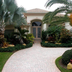 tropical exterior by Showcase Gardens