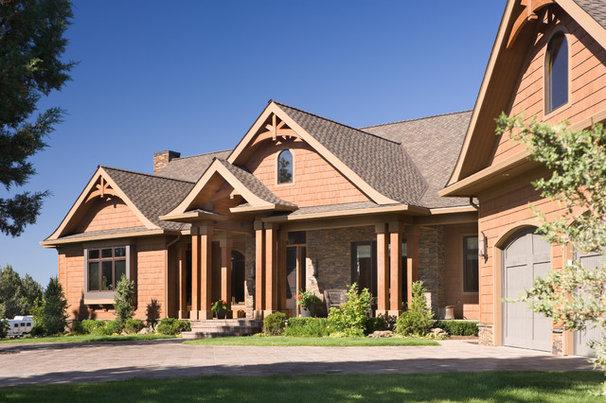 Rustic Exterior by Alan Mascord Design Associates Inc