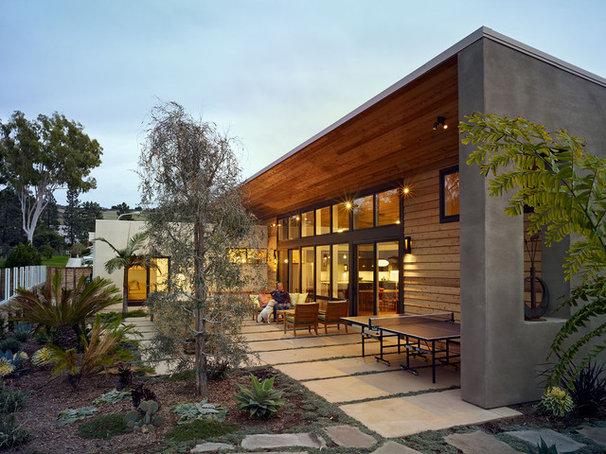 Modern Exterior by Boor Bridges Architecture