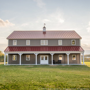 75 Beautiful Farmhouse Metal Exterior Home Pictures