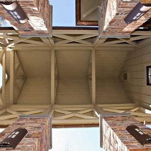 Idéer för mycket stora eklektiska trähus, med allt i ett plan