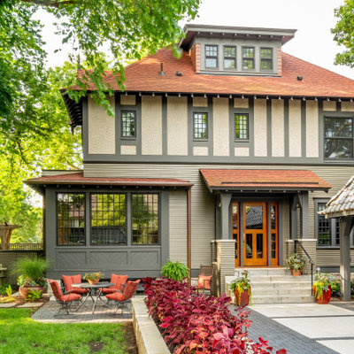 Example of a transitional exterior home design in Minneapolis