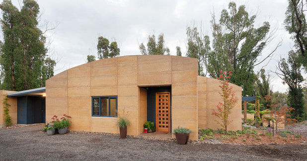 Exterior by Eco Sustainable Homes