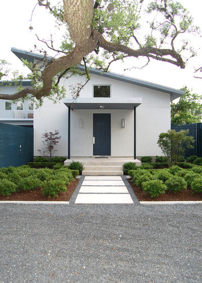 Contemporary Exterior by Robert Sanders Homes