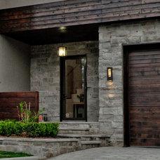 Modern Exterior by Solar Innovations, Inc.